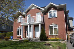Beautiful town house to rent at O section Brossard