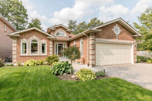 332 Livingstone St W, Barrie. FOR SALE by The Curtis Goddard Tea