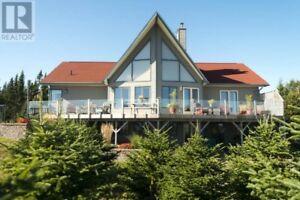 Stunning Year Round Ocean Front Home!!