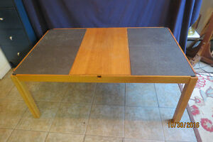 COFFEE TABLE MADE IN DENMARK-SLATE AND LIFT TOP! West Island Greater Montréal image 1