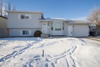 4 level spilt in Lakeridge - Awesome price - only $379,900!!!