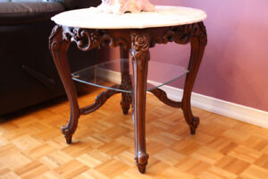 3 tables d'appoint style rococo