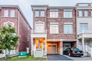 Pickering Townhouse Listed for $649,000.00! Near 401/GO Train