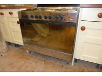 Range Cooker (LPG/Electric)