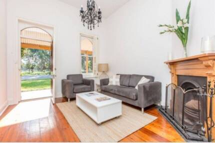 Furnished & Equipped Executive Cottage Short/Long Term Rental