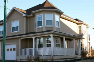 Two storey townhouse with attached garage in Royal Oaks for rent