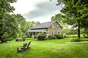 Beautiful Stone House on Private 100 Square Acres