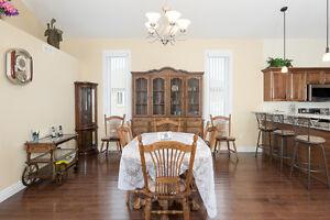 946 St.Clair Parkway - Stunning 1 yr Old Executive Bungalow Sarnia Sarnia Area image 5