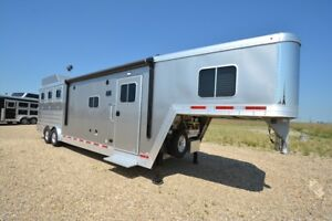 2017 Featherlite Trailers Liberty Living Quarters 9821-411B