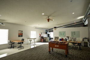 BRIGHT & MODERN STUDIO / LOFT OFFICE SPACE