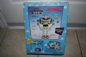 Toy Story 1995 BNISB Buzz Lightyear Ultimate Action Figure NEW Oakville / Halton Region Toronto (GTA) image 3