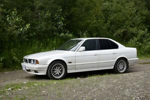1989 BMW sedan