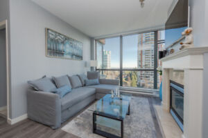 2bed 2bath corner suite at City in the Park - Burnaby