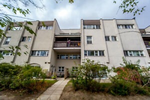 3 bedroom Townhouse in Mississauga $379,900