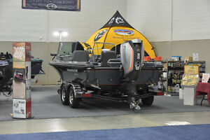 **NEW**203 DUAL CONSOLE WARRIOR BOAT**PRICE REDUCED!**