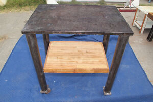 WANTED : Small Welding Table