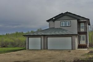 ACERAGE WITH NEWER HOUSE FOR SALE IN STURGEON COUNTY**