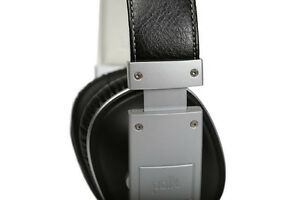 Polk Audio Buckle Headphones - Black/Silver - with 3 button