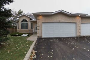 Condo in Mint Condition in Desirable Erindale