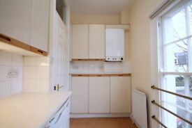 Large two bedroom flat to let in Islington N1