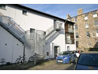 2 bedroom flat in Dublin Street Lane North, New Town, Edinburgh, EH3 6NT