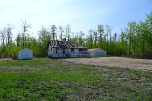 3 ACRES WITH HOUSE AND GARAGE FOR SALE IN STURGEON COUNTY