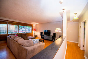 Beautiful raised bungalow located in Kitchener Kitchener / Waterloo Kitchener Area image 4