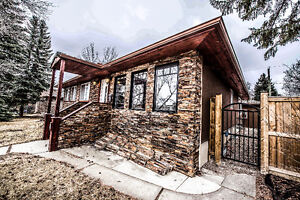 Fully Renovated Inner City SW Bungalow - Meadowlark Park