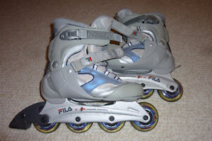 Brand New - Woman's Size 6 FILA Rollerblades with Wrist Guards