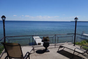 Lakefront House on Lake Simcoe
