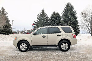 2012 Ford Escape XLT ALL WHEEL DRIVE- 4 BRAND NEW SNOW TIRES!!