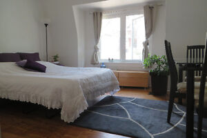 ╚►December 1★Charming Furnished Bedroom in Trendy Apt★WEEKLY, MO