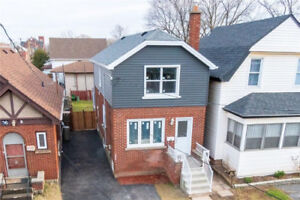 NEWLY RENOVATED 3BED-1.5BATH HOME IN DESIRABLE CROWN POINT EAST