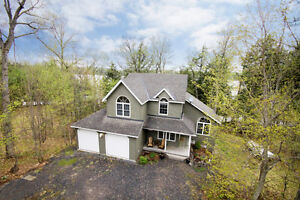 Waterfront Home with Amazing Views - 124D Gordon Point Rd