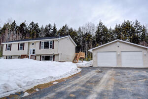 NEW LISTING 5 Bedroom Home with Many Upgrades in Geary