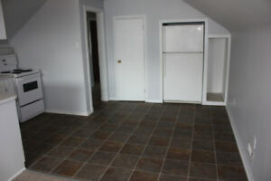 1 BR Available October 1st