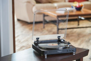 Audio Technica  Bluetooth turntable
