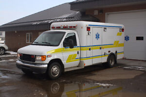 2006 Ford Ambulance