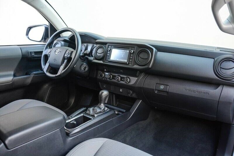 Image 23 Voiture American used Toyota Tacoma 2019