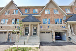 For rent 3 Bedroom Townhouse at Britannia-Creditview