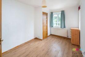 NEWLY REFURBISHED 2 bedroom flat in N12