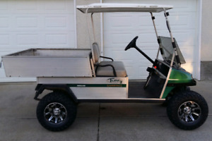Lifted Club Car Carryall Gas Golf Cart
