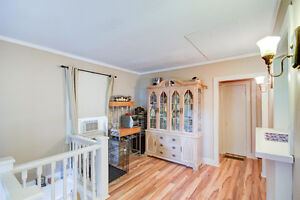 Starting out or Downsizing? Stratford Kitchener Area image 4