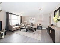 3 bedroom flat in St. Johns Wood Park, NW8