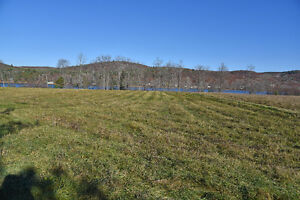 WATERFRONT ACREAGE WITH EXISTING HYDRO   ID# 1035434