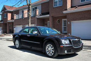 ESTATE SALE...car must go. 2010 Chrysler 300-Series Limited