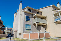 Beautiful Lower unit Condo for sale in Orleans in Convent Glen