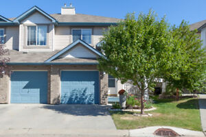 DUAL MASTER BEDROOM FULLY FINISHED DUPLEX IN SHERWOOD PARK!