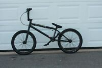 BMX Bike - Giant Method Zero Zero