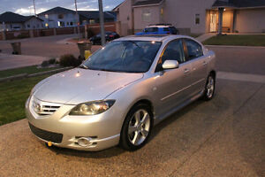 2005 Mazda 3 GT Sedan - LOW KMS! AUTO! SUNROOF! REMOTE START